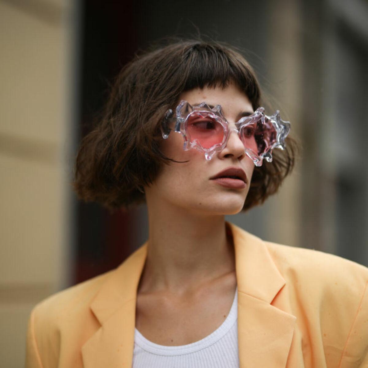 Frau brille kurzhaarfrisur mit Frisuren Kurze