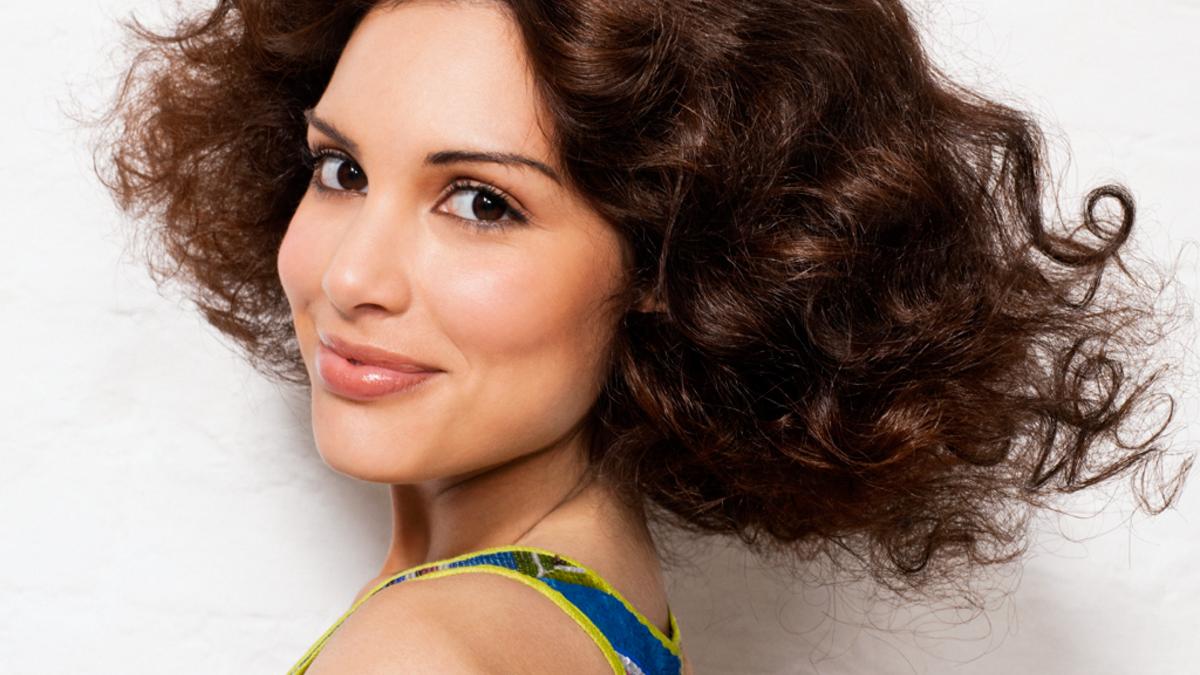 12er-Jahre-Frisuren und Styling