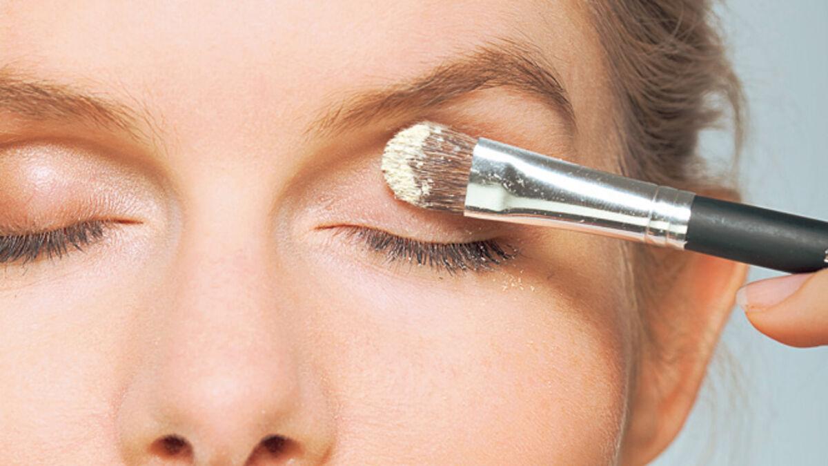 Augenlid schminken hängendes Schlupflider schminken: