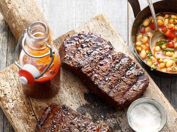 New York Strip Steaks mit Barbecue-Sauce