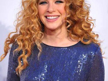 Deutsche schauspielerin braune haare locken